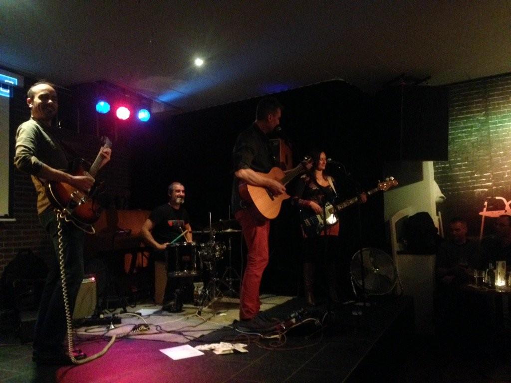 Moxa Overload y sus tres miniconciertos (fuente @SciCafeWag)